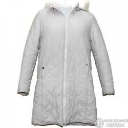 Очень симпатичное, светлое, стеганное пальто р.46 с капюшоном и отстегивающимся натуральным мехом