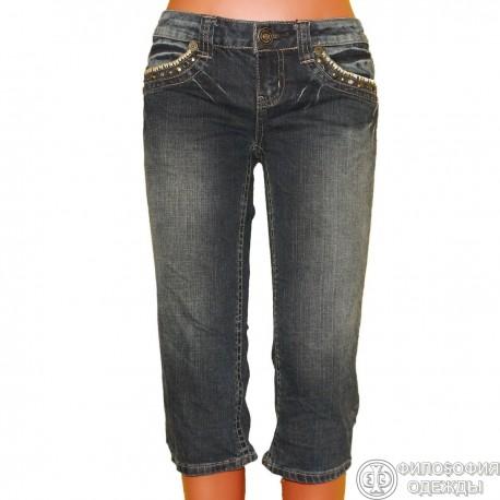 Красивые джинсовые бриджи
