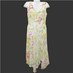 Очаровательное легкое летнее платье с цветами р. 40-42