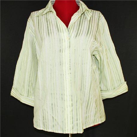 Женская рубашка 56-58 белая с оливковыми полосками