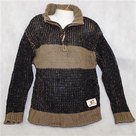 Интересный мужской свитер LCKR р.40-42 с молнией